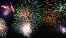 Cena dos fogos-de-artifício como o fundo Imagens de Stock Royalty Free