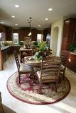 Cena e interior de la cocina Imagenes de archivo