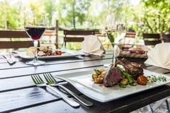 Cena en el verano Fotografía de archivo