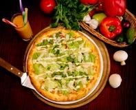 Cena en pizzería Foto de archivo