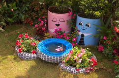 Cena feliz do jardim Foto de Stock Royalty Free