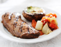 Cena gastronomica della bistecca Fotografie Stock Libere da Diritti
