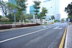 Cena moderna da rua na névoa Imagem de Stock Royalty Free