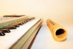 Cena musical com teclado de piano Fotografia de Stock