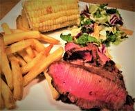 Cena rara arrostita della bistecca di fianco Immagine Stock Libera da Diritti