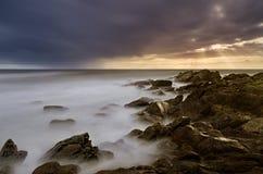 Cena rochosa do Seascape foto de stock