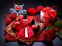 Cena romántica. Día de tarjeta del día de San Valentín Foto de archivo