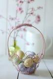 Cena temático da vida do feriado da Páscoa ainda na luz natural Fotos de Stock