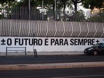 Cena urbana de prosperidade da arte dos grafittis e da rua em Lisboa, Portugal, 2014 imagem de stock