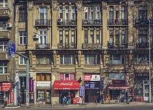 Cena urbana diária, Bucareste, Romênia fotos de stock royalty free