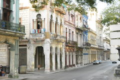 CENA VELHA DA RUA DE CUBA HAVANA fotografia de stock