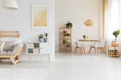 Cena y sala de estar Foto de archivo libre de regalías