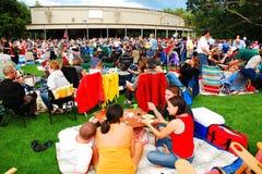 Cena y un concierto Foto de archivo libre de regalías
