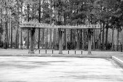 Cenador blanco y negro foto de archivo libre de regalías