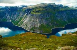 Cenas coloridas da montanha em Noruega Paisagem bonita de Noruega, Escandinávia Paisagem da montanha de Noruega Imagem de Stock