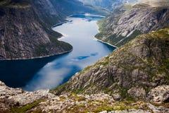Cenas coloridas da montanha em Noruega Paisagem bonita de Noruega, Escandinávia Paisagem da montanha de Noruega Fotos de Stock Royalty Free