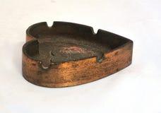 Cendrier en bronze vieux Images libres de droits