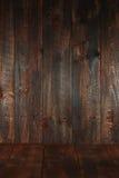 Cenni storici vuoti Grungy di legno. Inserisca il testo o gli oggetti fotografie stock