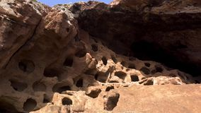Cenobio de Valeron, archeological περιοχή, αυτόχθονες σπηλιές στο μεγάλο καναρίνι, Κανάρια νησιά απόθεμα βίντεο