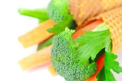 Cenoura, aipo, brócolis em um cone do waffle Foto de Stock Royalty Free