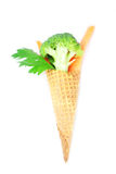 Cenoura, aipo, brócolis em um cone do waffle Fotos de Stock Royalty Free