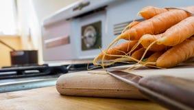 Cenouras e fogão do vintage Foto de Stock