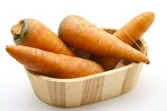 Cenouras na cuba fotografia de stock royalty free