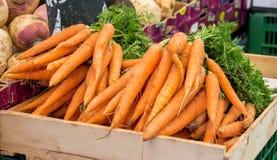 Cenouras no mercado foto de stock royalty free