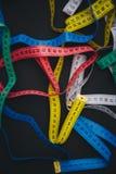 Centímetros diferentes para costurar na tabela Imagens de Stock Royalty Free