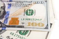 Cent dollars se ferment avec un portrait, foyer sélectif Image libre de droits