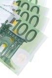 Cent euro billets de banque sur le blanc Photos stock