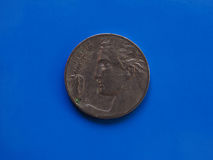20 centavos acuñan, Reino de Italia sobre azul Fotografía de archivo libre de regalías