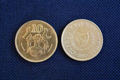 Centavos de Chipre - monedas de diversas denominaciones Imagen de archivo