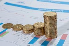 Centavos euro y gráfico Fotos de archivo