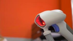 Centelleo del escáner de la mano de la caja registradora luz roja de los parpadeos metrajes