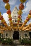 Centenares de linternas en el templo de Kek Lok Si Imagen de archivo libre de regalías