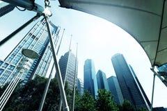 center finansiell lujiazuishanghai skyskrapa Arkivbilder