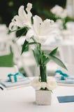 Centerpiece свадьбы белой лилии Стоковые Изображения