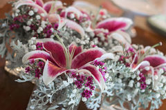 Centerpieces свадьбы цветка Fuschia Стоковая Фотография RF