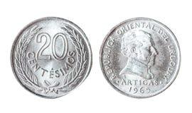 Centesimo 1965 dell'Uruguay 20 Oggetto isolato su una priorità bassa bianca Immagini Stock Libere da Diritti