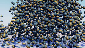 Centinaia di piccola palla e di grande caduta della palla Immagine Stock