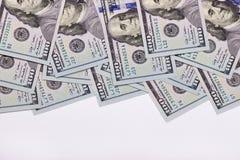 Cento dollari americani isolati su fondo bianco Fotografia Stock