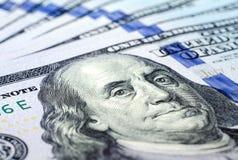 Cento primi piani della banconota del dollaro Fotografia Stock Libera da Diritti