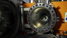 Centrífugo de alta presión del compresor de la turbina de gas de la alimentación escena Tipo industrial de producción en la plant almacen de video