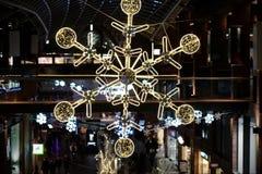 Centrów handlowych bożych narodzeń dekoracje Zdjęcie Royalty Free