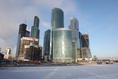 Centr internacional del negocio de la ciudad de los rascacielos Imágenes de archivo libres de regalías