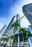 Centra av Kuala Lumpur i KLCC-område Arkivfoto