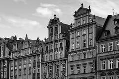 Centraal marktvierkant in Wroclaw Polen met oude huizen Het concept van de reisvakantie Rebecca 36 stock afbeelding