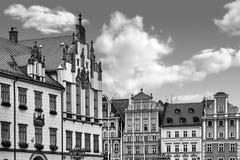 Centraal marktvierkant in Wroclaw Polen met oude huizen Het concept van de reisvakantie Rebecca 36 royalty-vrije stock afbeelding