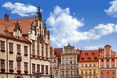 Centraal marktvierkant in Wroclaw Polen met oude kleurrijke huizen Het concept van de reisvakantie stock afbeelding